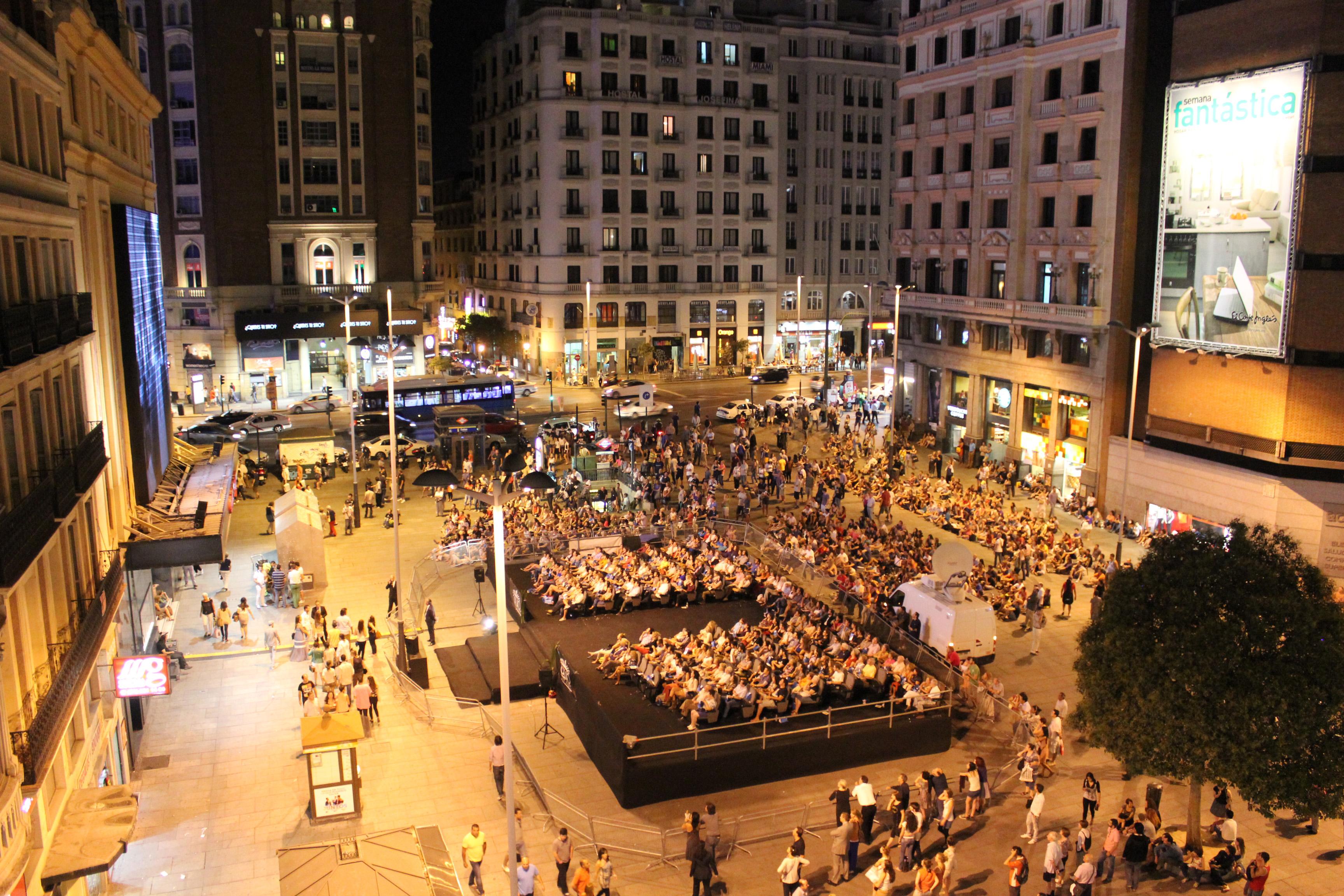 Cine gratis al aire libre en 45 municipios de madrid for Cine las terrazas